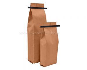 Papel bolsas marrones con tintie