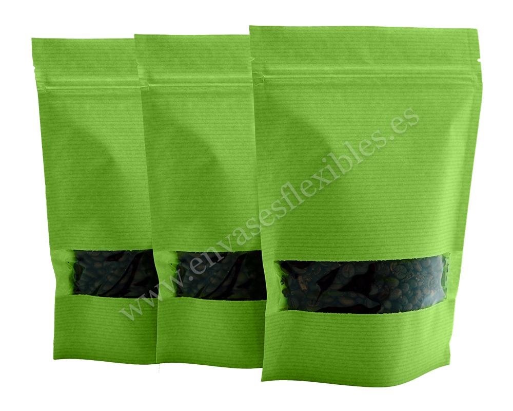 Bolsas de papel a rayas verdes con ventana rectangular