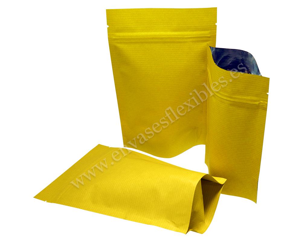 Bolsas de papel a rayas amarillas